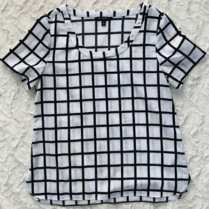 Banana Republic Black and White Grid Top Size S